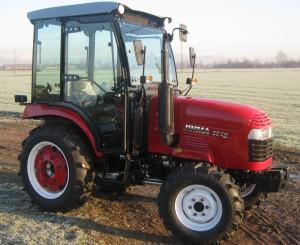 Jinma traktor magyar kabinnal